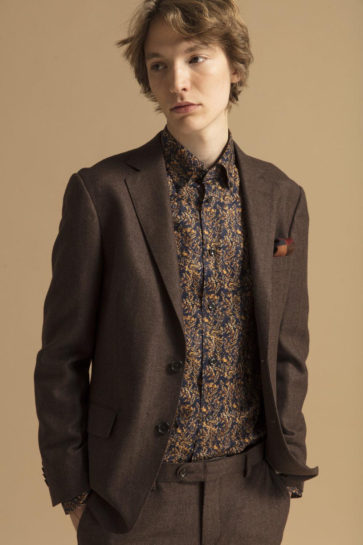 Channing Blazer ,  Channing Pant ,  Domenic Shirt ,  Frederick Linen Shirt , Cap Toe 2 Oxford Shoe &  Balthazar Wool Hanky