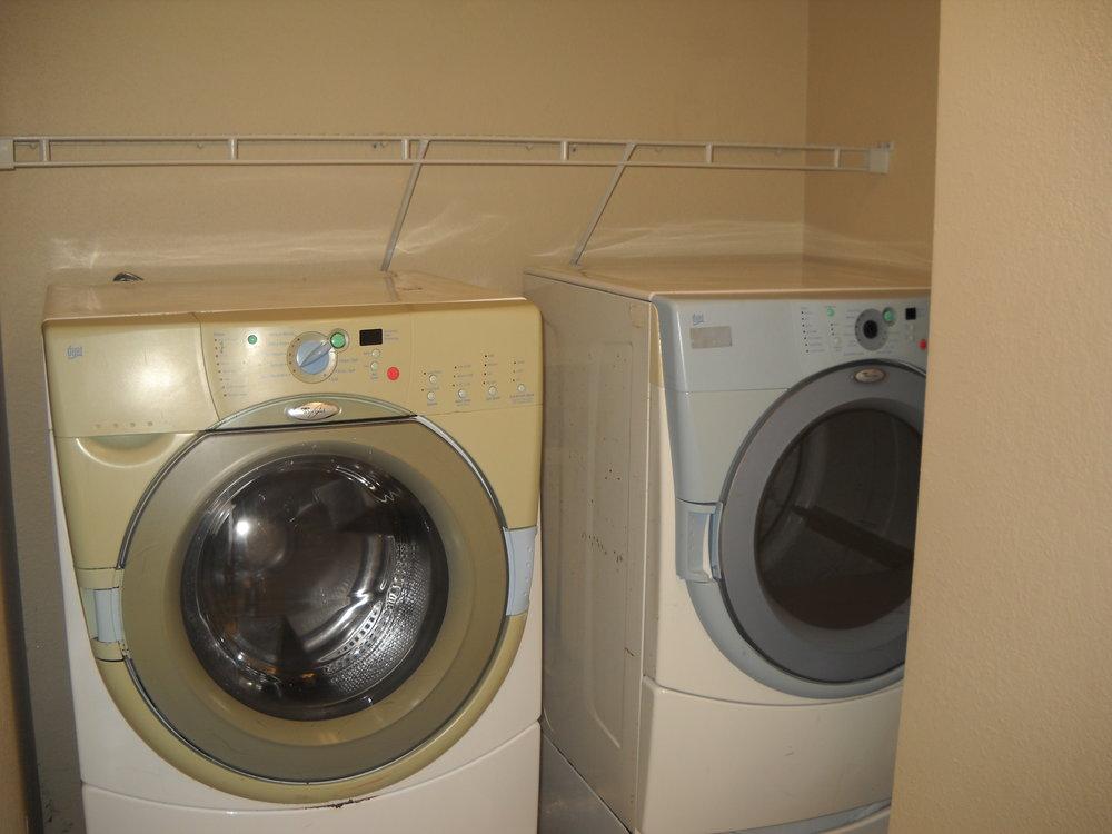 LaundryRoomWD.jpg