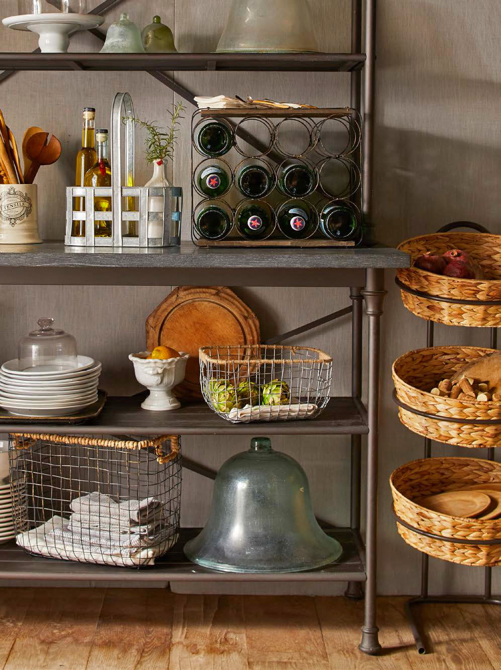 Pantry & Entertaining -