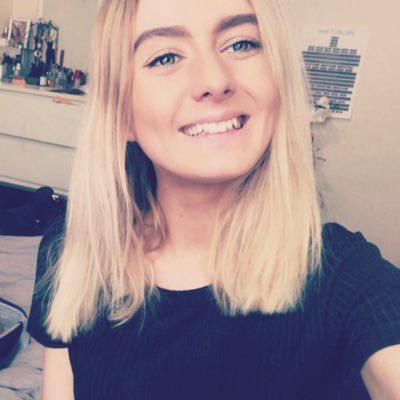 Aimee Harpur - @Aimee_Scarlett