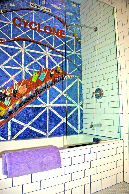 Beth+Bathroom+Tub.jpg.png