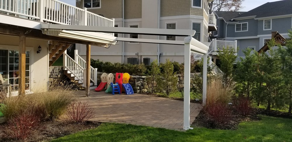 pergola-retractable-blind-motorized-retractable.jpg