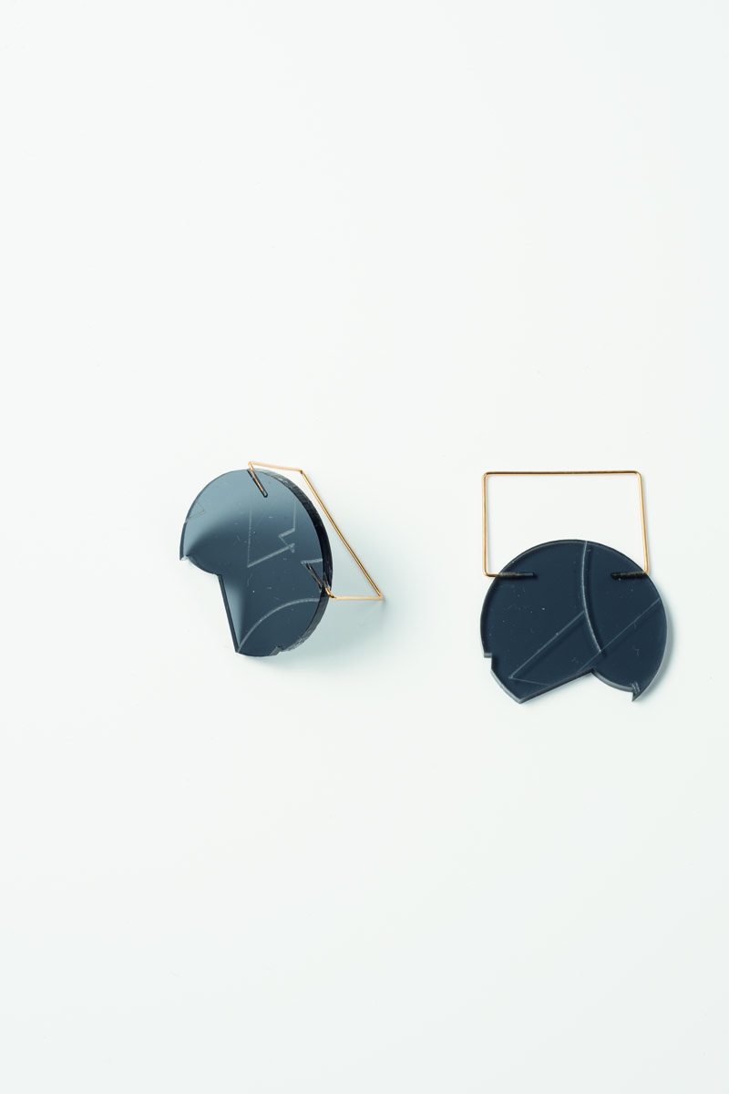 PRODUCT_jupiterS_earringsBL_print Kopie.jpg