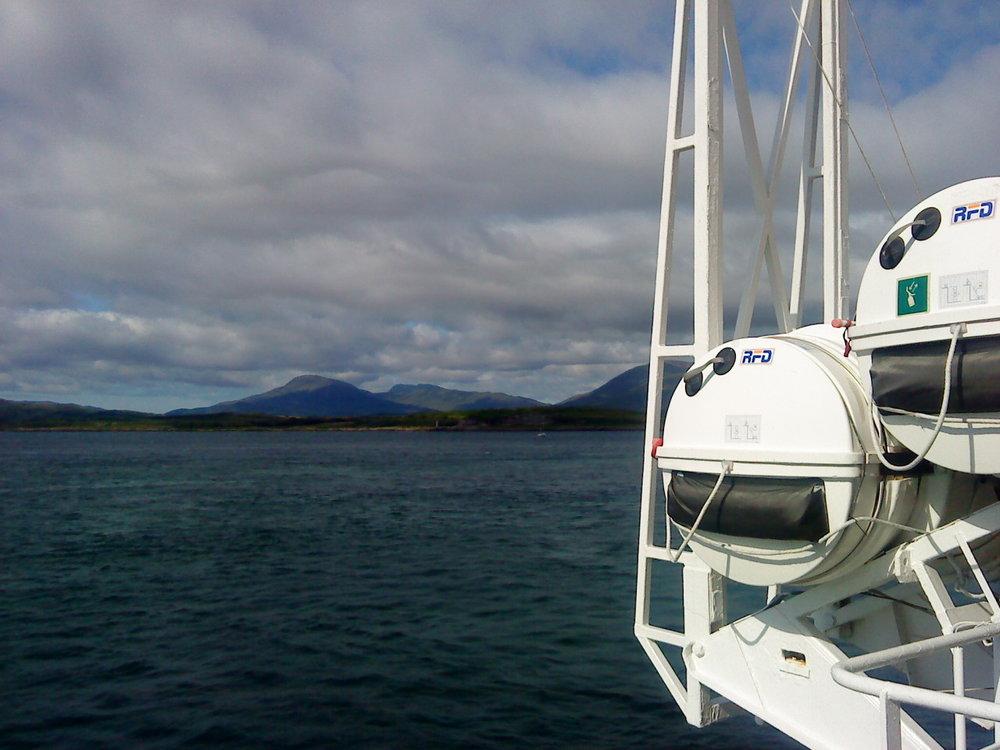 Hebridean ferry - Tour & Walk in small groups - Roaming Scotland..jpg