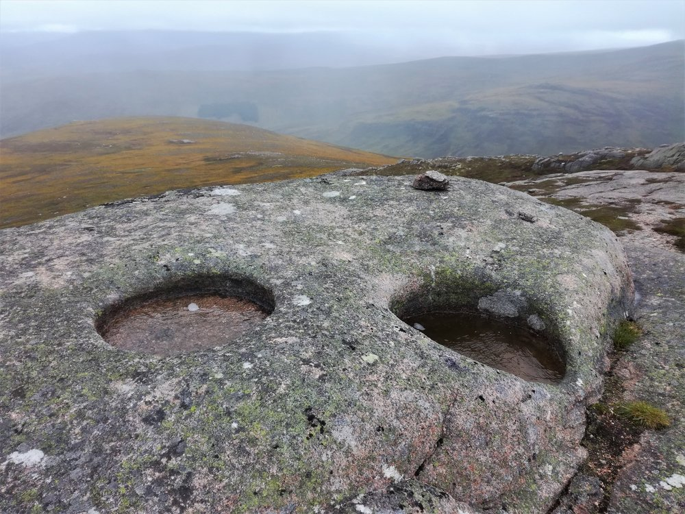 two eyes look to the sky, Braemar -  Tour & Walk in small groups - Roaming Scotland..jpg