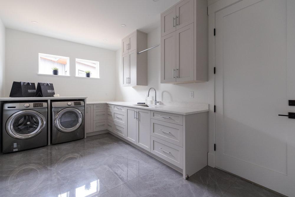 1431 Marina Way Laundry Room