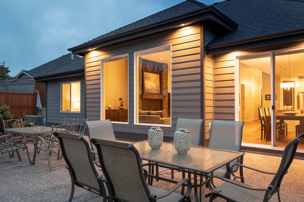 694_lowrys_road_parksville_vancouver_island_home_for_sale_patio.jpg
