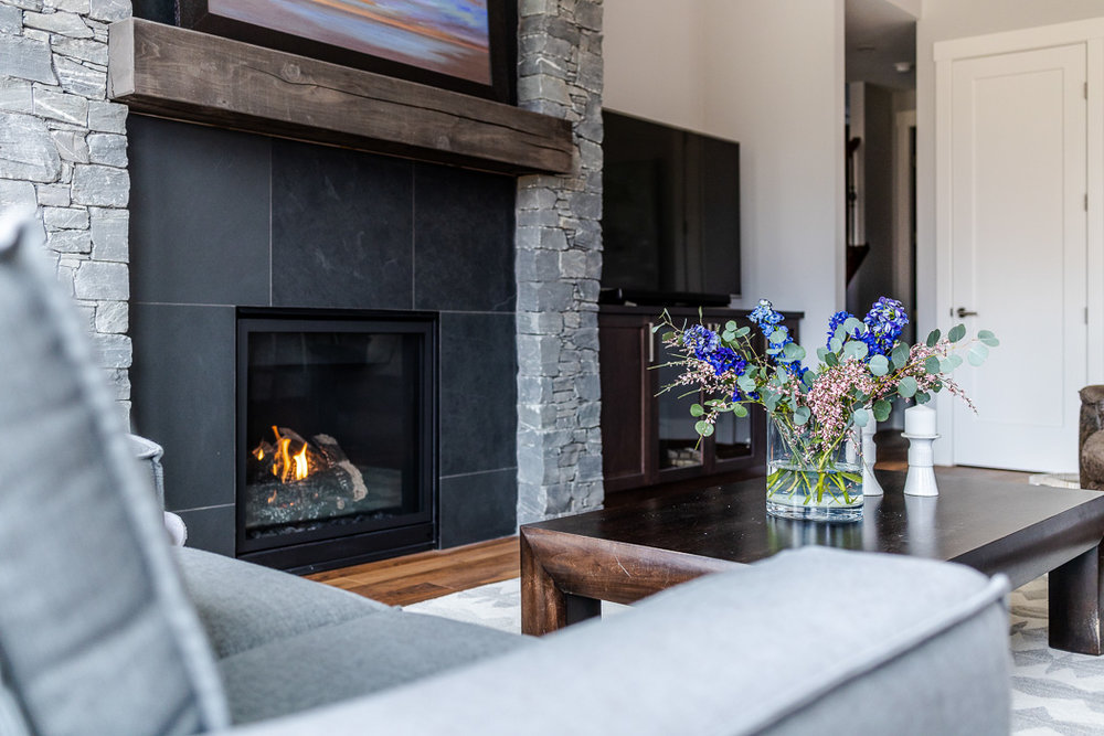 694_lowrys_road_parksville_vancouver_island_home_for_sale_fireplace_stone.jpg