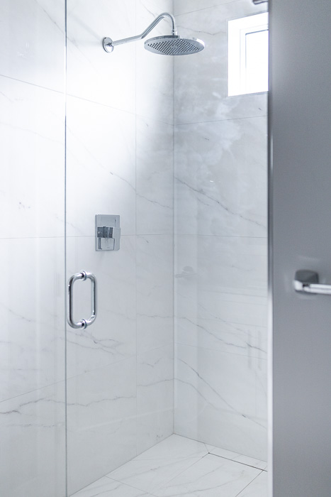 694_lowrys_road_parksville_vancouver_island_home_for_sale_shower.jpg