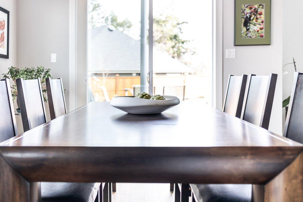 694_lowrys_road_parksville_vancouver_island_home_for_sale_dining_room_detail.jpg
