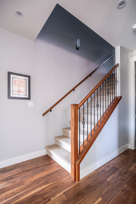 694_lowrys_road_parksville_vancouver_island_home_for_sale_stairwell.jpg
