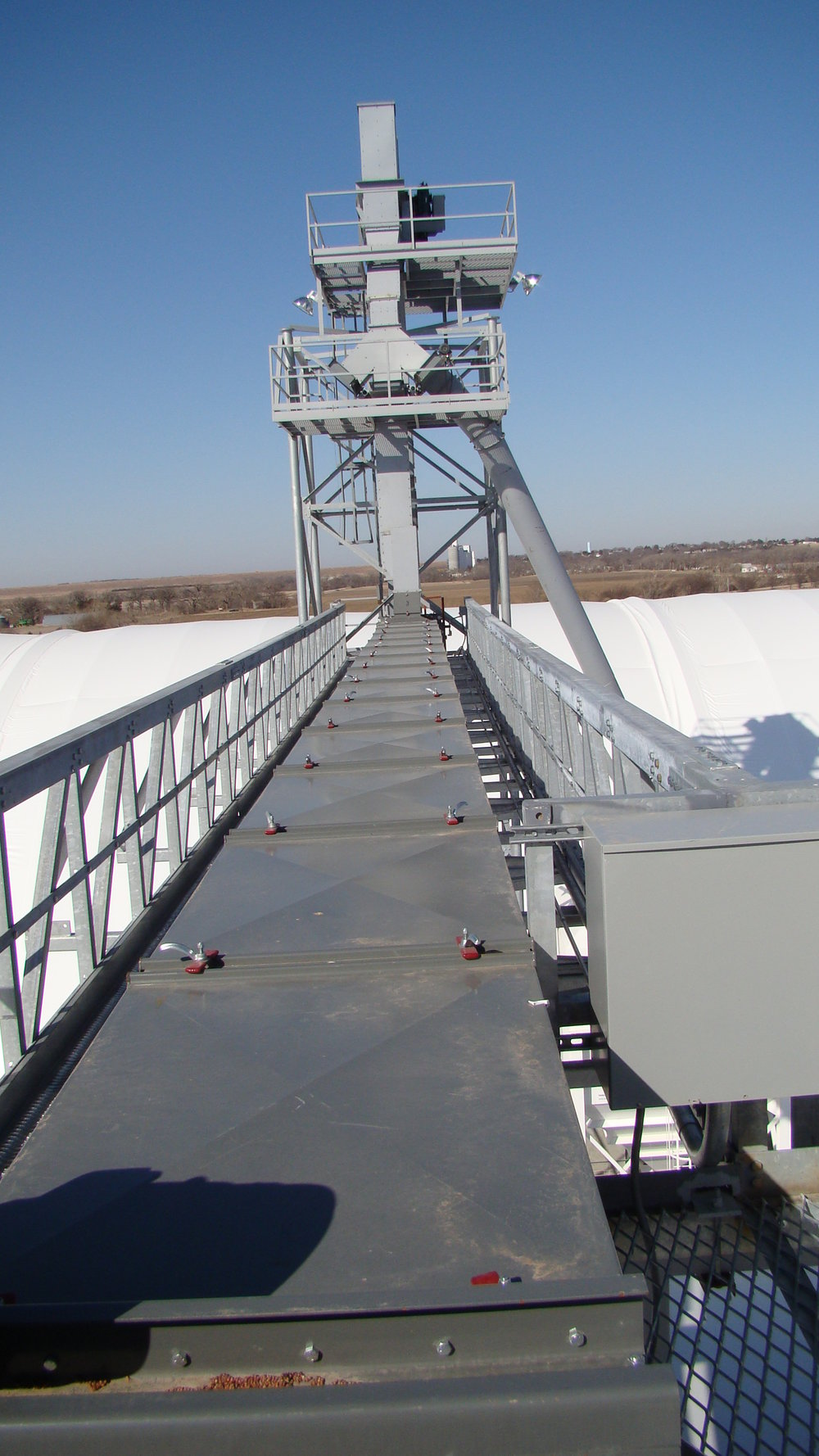 Side Conveyor and Tower