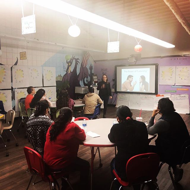 Spent the day in my hood #inglewood training parents ✨✊🏾 my new #wokeshop on building youth resilience + helping them cultivate their #purpose (vs. career)#hustlewithpurpose went amazing! ✨💫🌟#purposehustle . #collegesuccessservices #parentworkshop #parenttraining #entrenamientodepadres #happysaturday