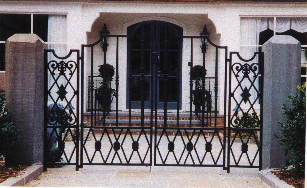 traditional mix of wrought and cast irom