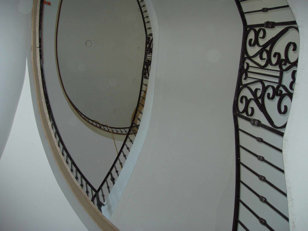 elliptical staircase rail