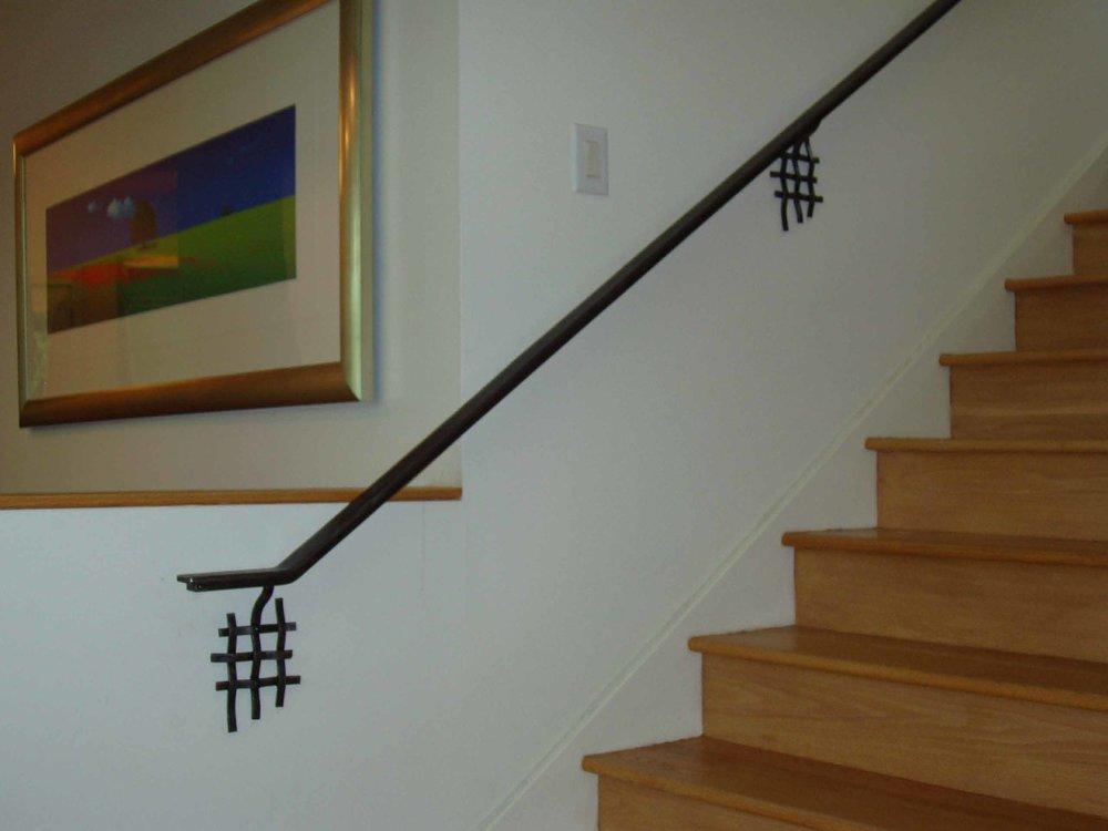 woven wall mount rail