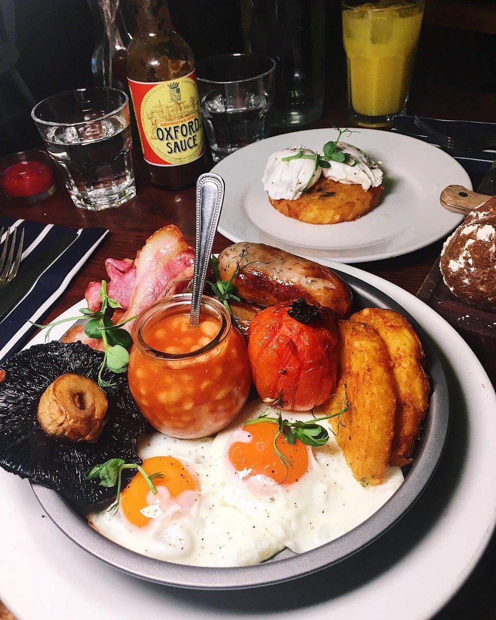 Parlour Kensal Rise Full English breakfast