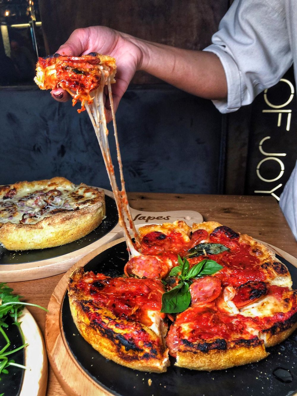 Japes, London review; Chicago deep dish pizza; Helena Alyssa