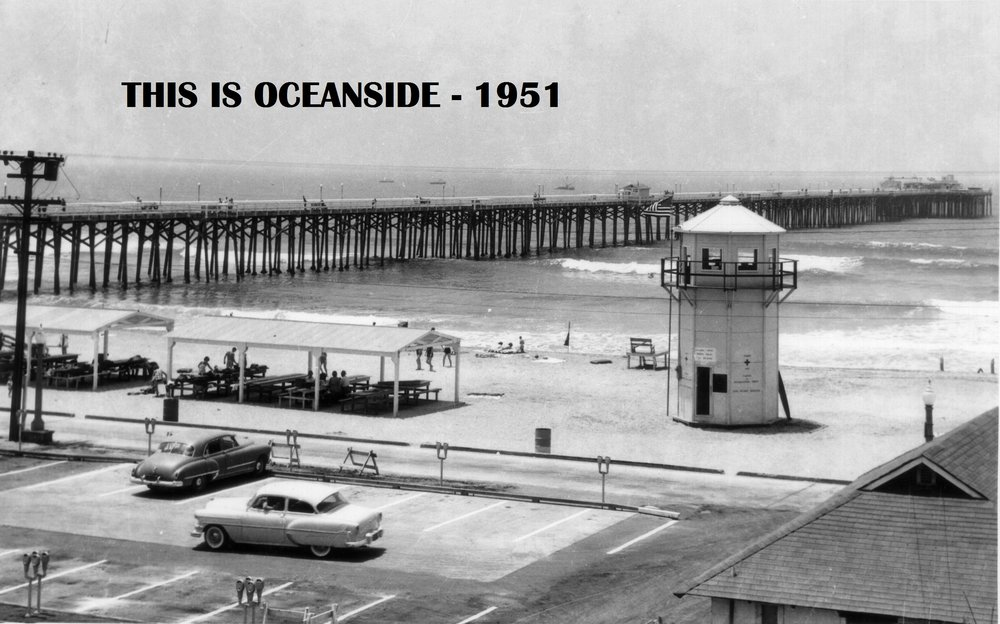 5th pier, with lifeguard tower, north side Coast Photo Service circa 1950s.jpg