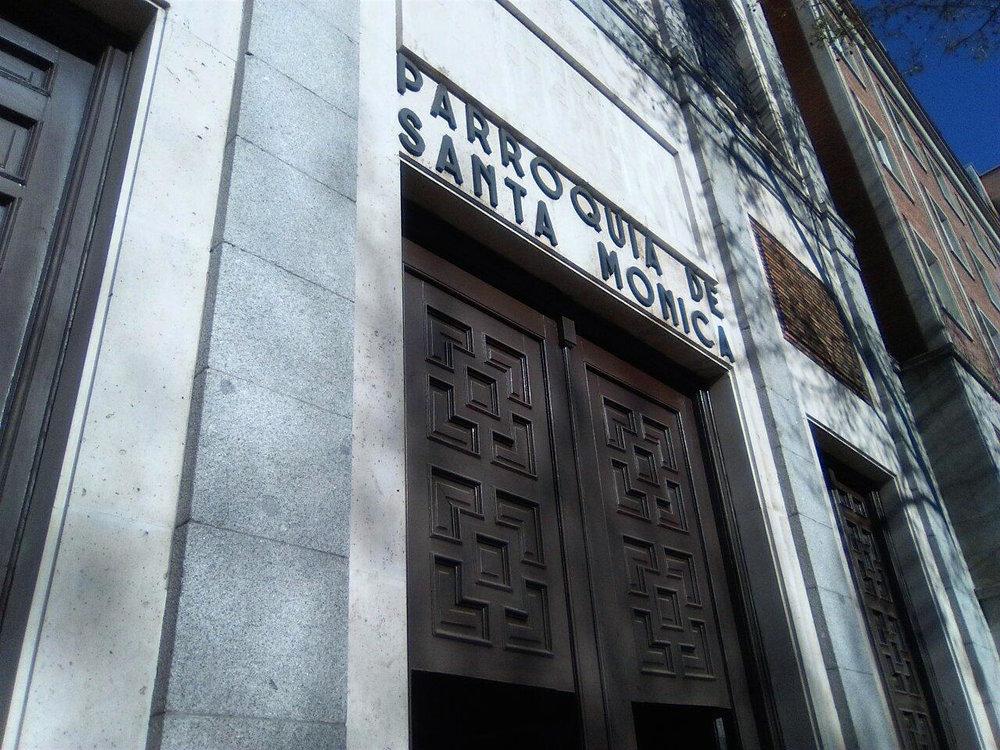 Parroquia de Santa Mónica en  Madrid , una de las sedes elegidas por el artista para desarrollar el proyecto  Amén .