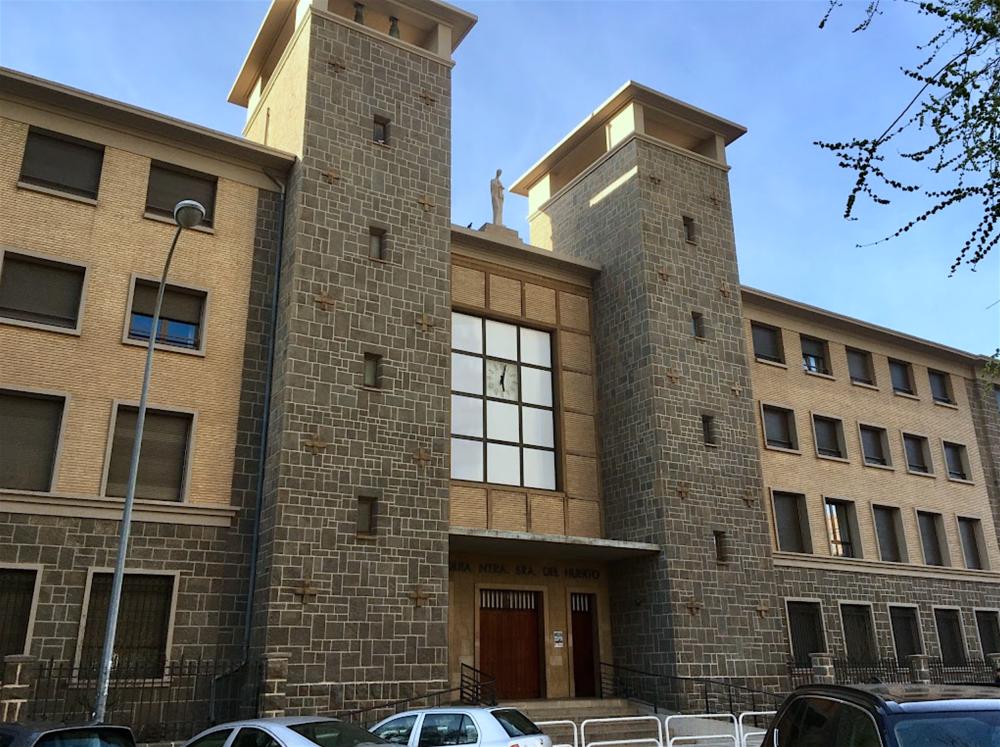 Parroquia de Nuestra Señora del Huerto en  Pamplona , una de las sedes elegidas por el artista para desarrollar el proyecto  Amén .