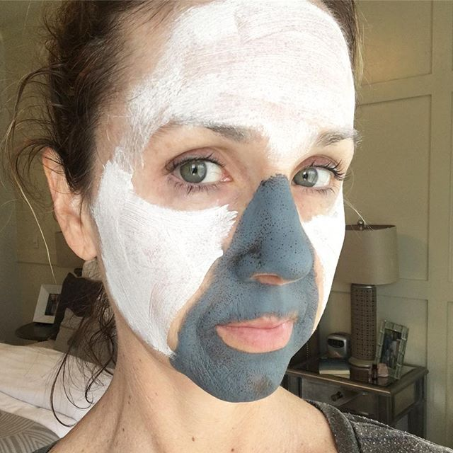 I would smile, but I can't. Because I'm doing a little multi-masking today.  What is multi-masking, you ask?  Just a little trick to treat different areas of your face at the same time.  #timesaver. ••• 👉🏻I am using our No. 3 Charcoal mask on areas that get blemishes and blackheads and using No. 1 Brightening mask on the areas that have some sun spots and uneven skin tone.  We also have No.2 Plumping for fine lines and to wage a battle on aging. ••• 🌿During Beautycounter's Clean Swap promotion, you can purchase any of our 3 masks and choose a deluxe sample of any of the following for free: Countermatch Adaptive Moisture Lotion, Body Wash, No. 2 Plumping Facial Oil, Volume & Shape Conditioner or Smooth & Control Conditioner. ••• 👉🏻Beauty fact…..Traditional facial masks can be formulated with PEGs, which are widely used in cosmetics as thickeners or solvent and can possibly be contaminated with trace amounts of dangerous chemicals. ••• 👍🏼All our masks contain naturally-derived glycerin, which helps condition and soften skin. • • Www.beautycounter.com/laurafasl • • #betterbeauty #thistimeitspersonal #beautycounter
