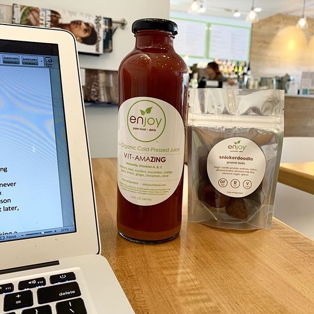 An afternoon with sunshine, finally. And sitting in @enjoypurefood is a perfect place to finish up a blog. Love this place. • • •  #healthcoach #eatwellbewell #eattherainbow #eatrealfood #integrativenutrition #feedyoursoul #lauraslivewell #livewell #eatwell  #foodismedicine #cleaneating #Health #EatClean #EatLocal #FitFood #GlutenFree #HealthyEating #HealthyRecipes #Nutrition #Paleo #Vegan #GetHealthy #HealthyLife #HealthTalk #Detox #Nutrition #CleanEating