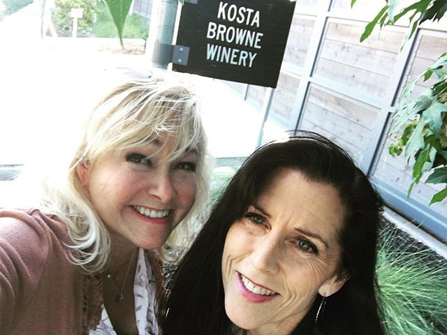 Dina and I heading in to check out the new exclusive tasting gallery at Kosta Browne tonight! @kostabrownewinery @dinafgrant @thebarlow707 @sonomacounty #pinotnoir #chardonnay
