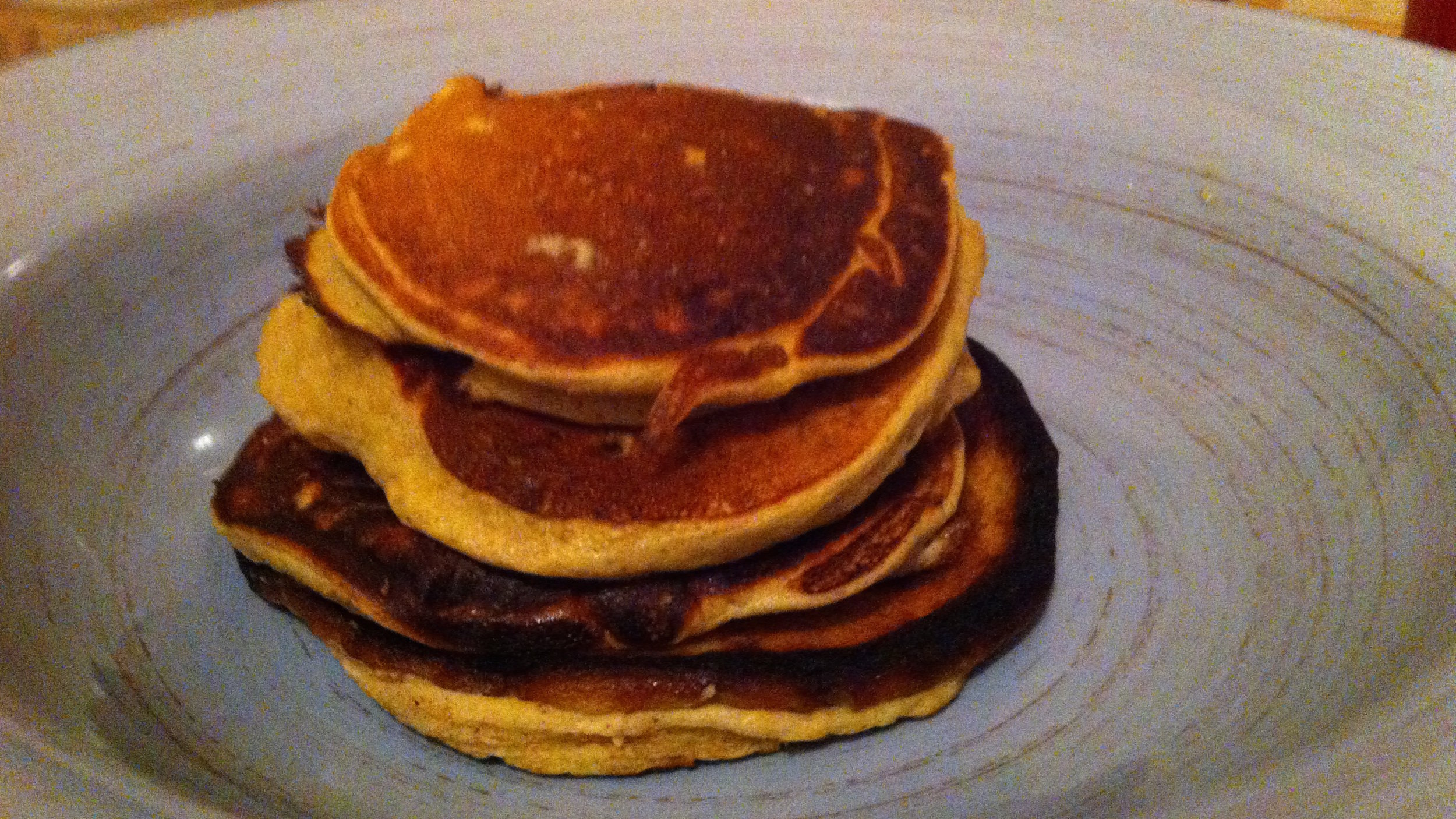 SImply putting plaintain, egg, and cinnamon in a blender makes these light, fluffy pancakes!