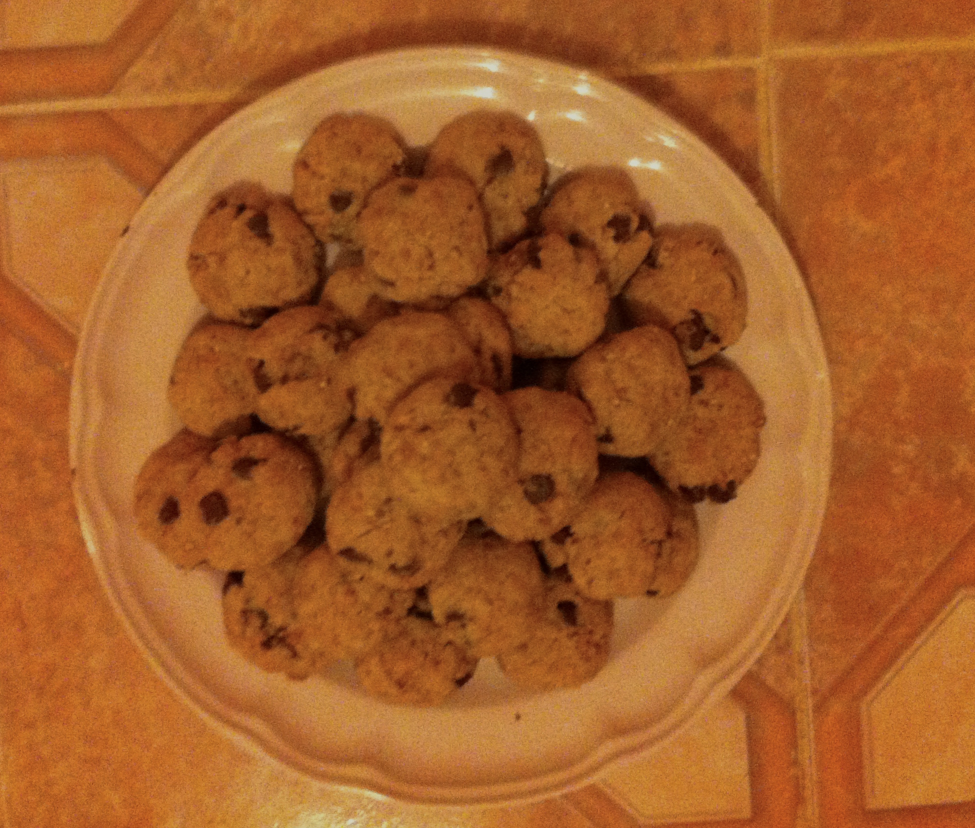 Chocolate chip cookies...okay this isn't healthy eating on a budget, but they were good!