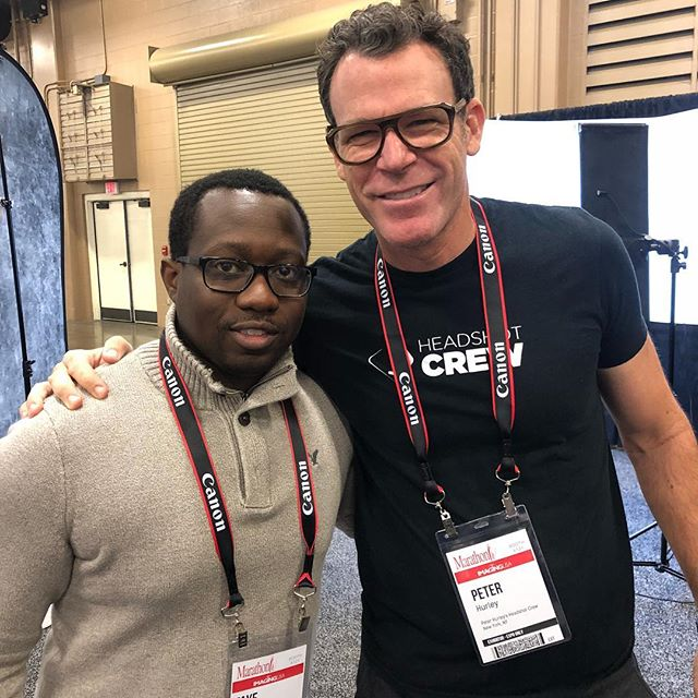 It was awesome meeting @peter_hurley while at @imagingusa  I'm now a member of the @headshotcrew #imagingusa #headshotcrew #wilkinsonportraits