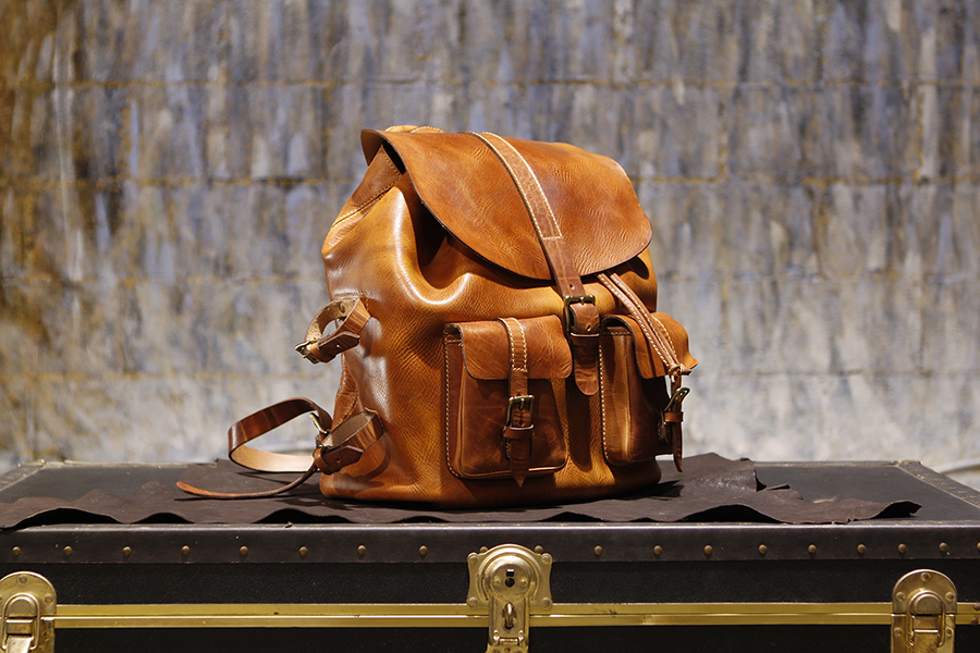 men-handmade-backpack-tan-falcon2