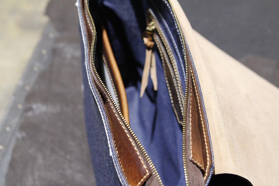 Denimmessenger-KurokiJapanesedenim-Dakotamessenger-handmadedenim-americanmade (1).JPG