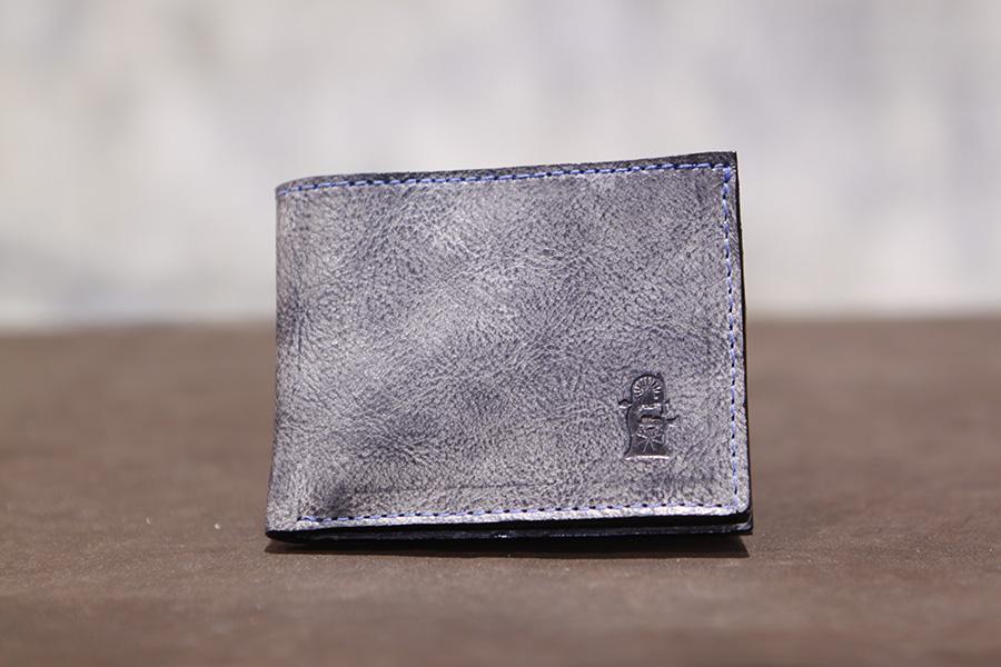 bifoldwallet-sandastwallet-handmadewallet-leatherwallet (12).JPG