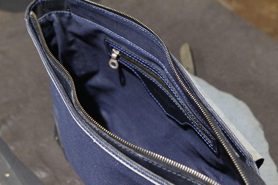 DakotaDenimMessenger-denimmessenger-handmadebag (1).JPG