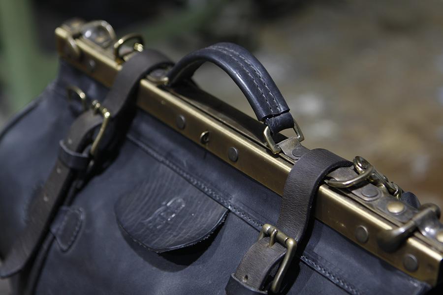 Christopher-Americanblack-handmadetravelbag-handmadeduffle (2).JPG