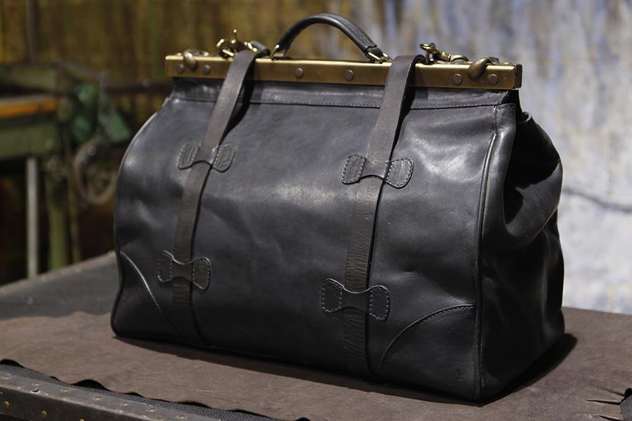 Christopher-Americanblack-handmadetravelbag-handmadeduffle (1).JPG