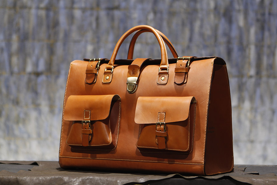 Francis Duffle in English Bridle