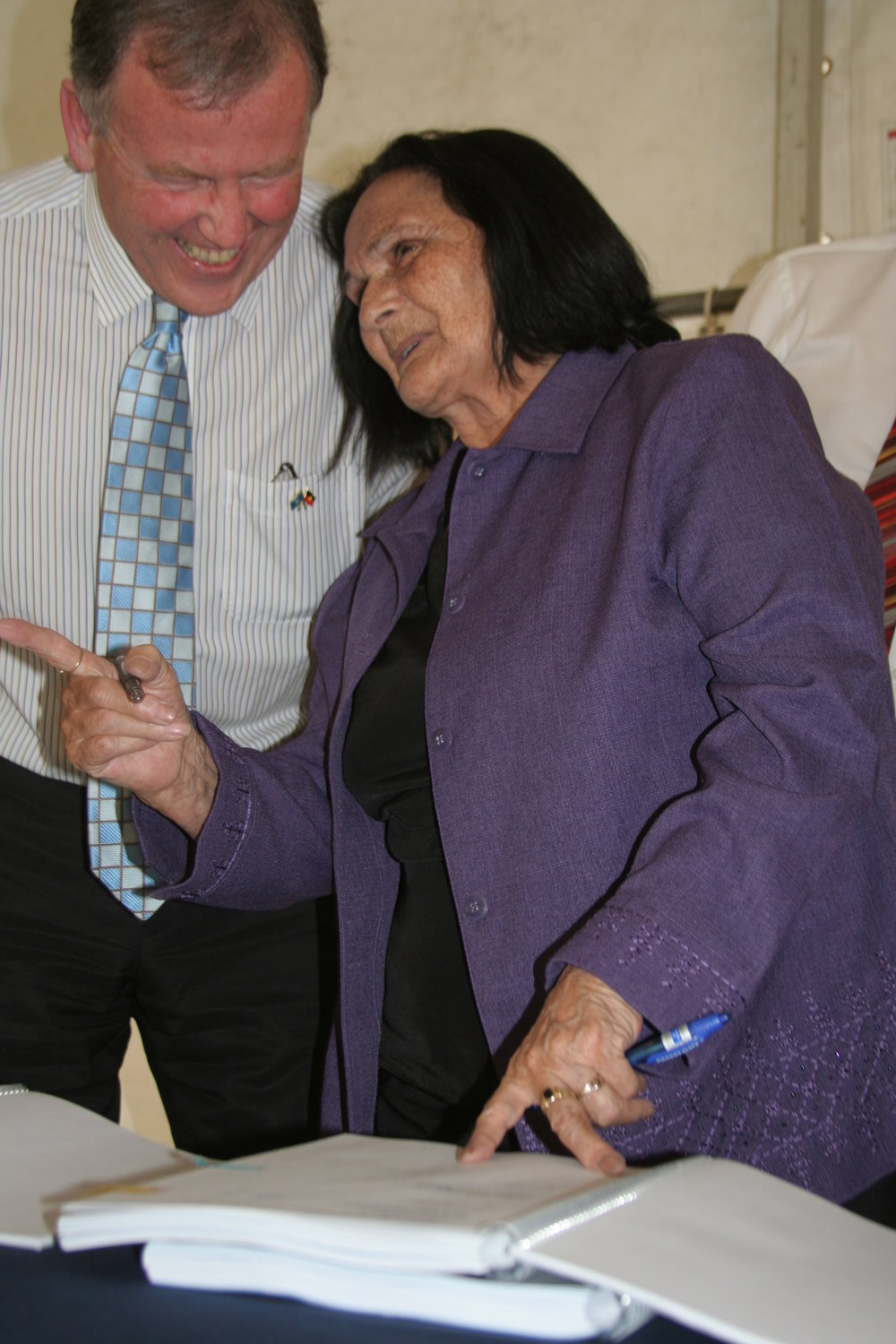 Deputy Premier Rob Hulls and Aunty Gwen Atkinson sign Gunaikurnai settlement agreement- photo by Todd Condie.JPG