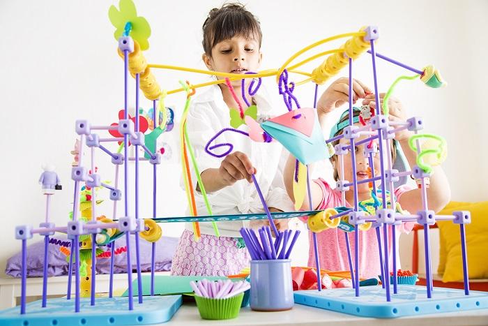GoldieBlox-craftstruction.jpg