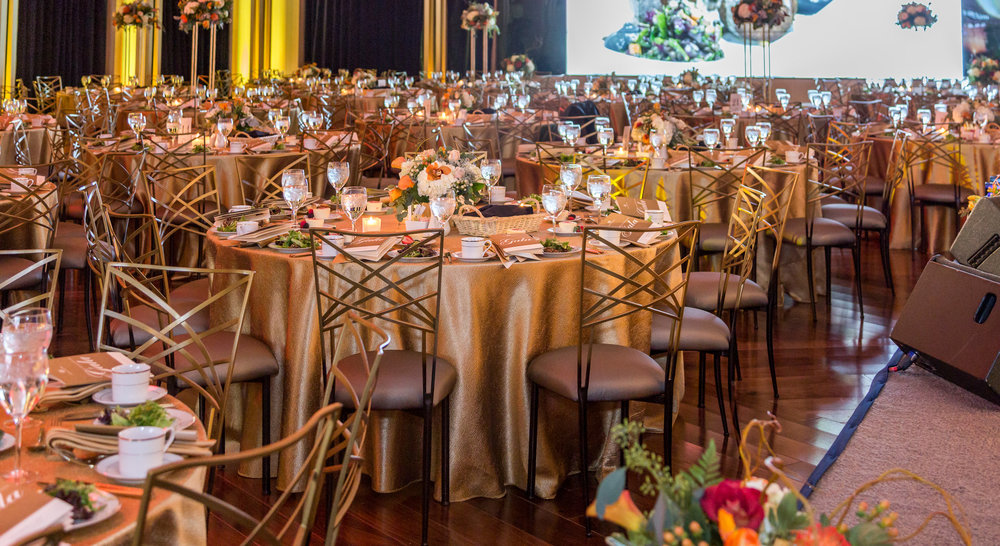 gala set up gold table cloths.jpg