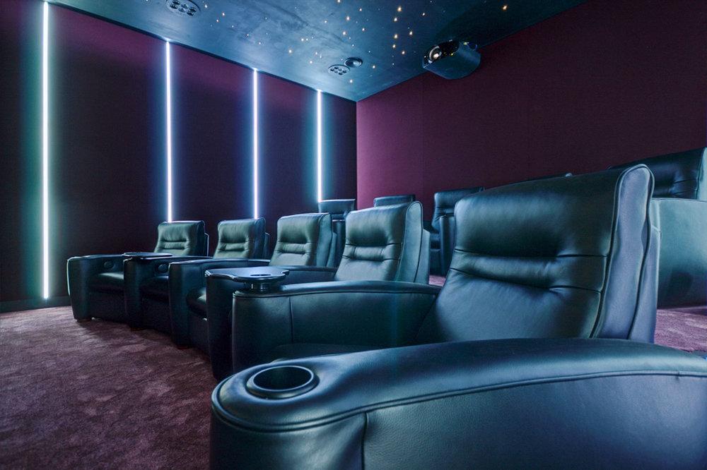 Home_Cinema_by_Futurehome_5.jpg