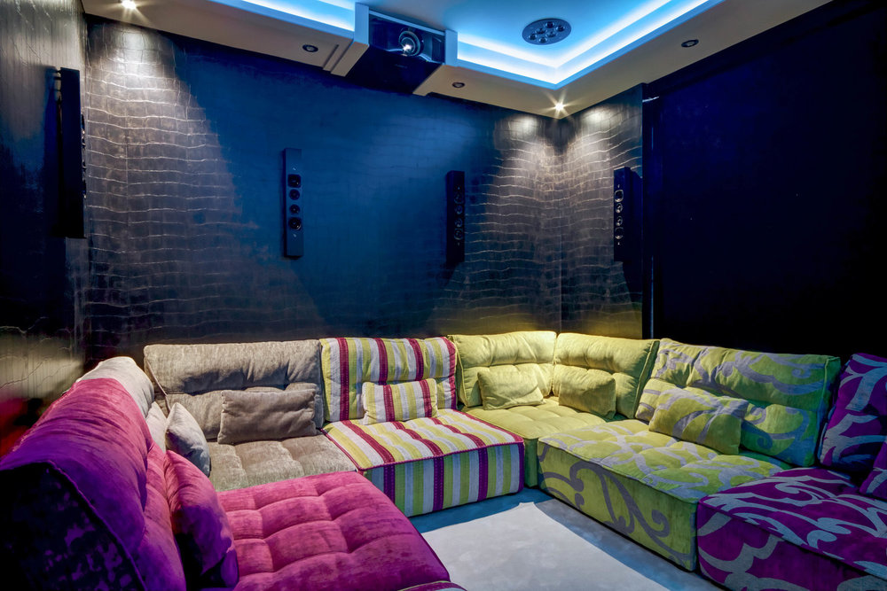 IOTM_March_2017_HomeCinema&Beyond-9.jpg