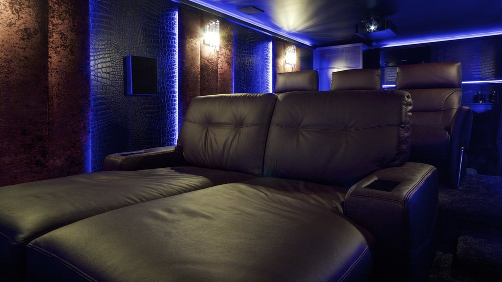 Home_Cinema_Garden_House_Dolby_Atmos_6.jpg