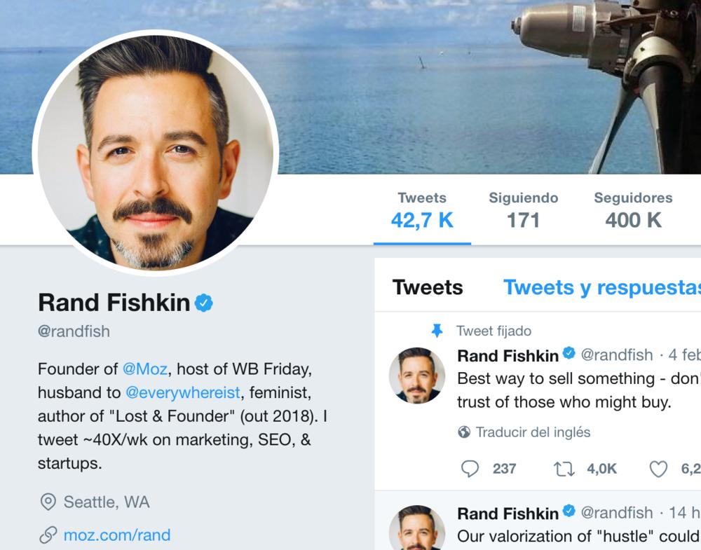 Rand Fishkin lleva años compartiendo sus conocimientos de SEO completamente gratis: ahora tiene 400.000 seguidores.