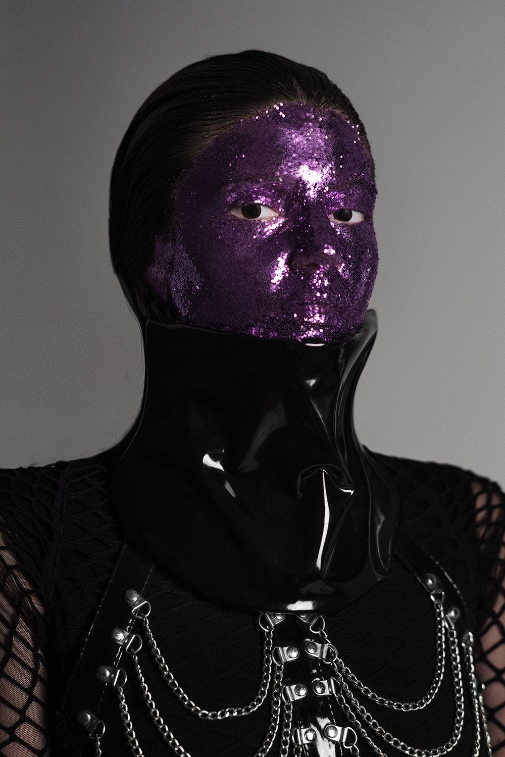 Mambo Negro soy yo. Mambo Negro c'est moi. I am Mambo Negro.   MUA  @natisalvoreino  Assist  @jorgelunaph