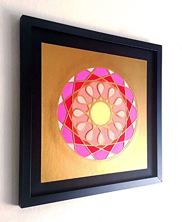 ✨ Shine bright ✨  This is one of two pieces left from the golden stained glass show I had a couple years ago. I love the shimmer of the metallic paper. Grab this one before it's gone! It'd make a great Christmas gift! 😉🎄🎁 • • • #papercut #paperart #papercutartist #paper #papersource #paperillustration #artwork #paperartwork #paperartist #cutpaperart #dscolor #YestoPS #myPSstyle #dailydoseofpaper #designlife #crafty #craftday #crafternoon #geezlouisedesign #etsy #etsyart #etsyfinds #etsyartist #etsystore #etsyshop #stainedglass #christmasgifts #giftideas #gold #shinebright