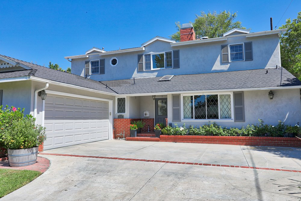 12941 Hesby Sherman Oaks