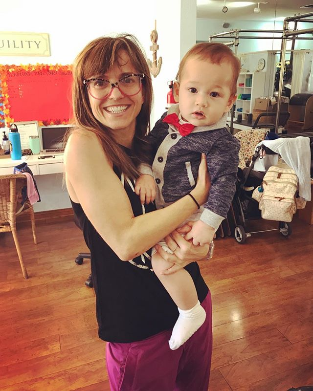 I've had another child 👶🏻 just kidding this is my Mommy & Me Pilates class at @artofpilates with one of our lovely babies