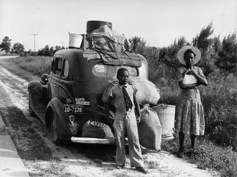 An African American family flees Florida during the 1930s. Courtesy of Getty Images/MPI.